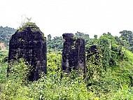 Có một nơi là đường sắt trên cao nối nước Lào