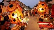 Điểm nhấn mới chợ đêm Luang Prabang trong chuyến du lịch tại Lào