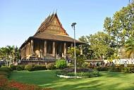 Wat Sisaket – chùa sở hữu nhiều tượng cổ nhất Lào