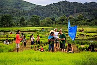 Sống như người bản địa ở làng du lịch Naduang