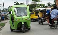 Xe taxi ba bánh Pecolo - Màu xanh của hy vọng