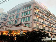 Douangpraseuth Hotel