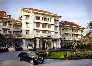 Raffles Le Royal Hotel