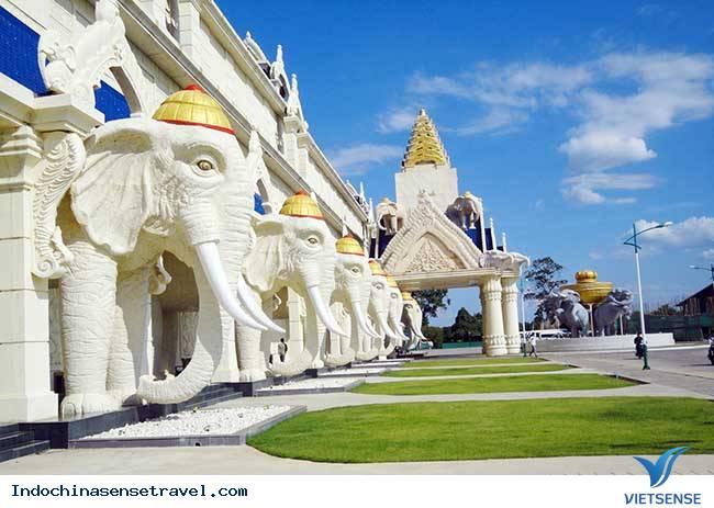 Tour Du Lịch Lào: Viên Chăn - Luang Prabang -Xiêng Khoảng 6 Ngày